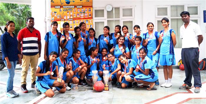 Inter School ICSE / ISC Girls Basketball Tournament 2017 Runner Up (Ratanlal Nagar)