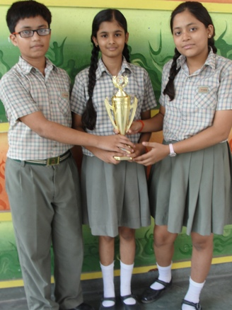 Aditi,Devyang and Saumya. First in Inter School Drawing & Painting.. (Ratanlal Nagar)