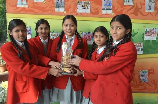 Aditi,Surbhi,Angel,Saumya. First in Inter School Drawing and Pianting competition. (Ratanlal Nagar)
