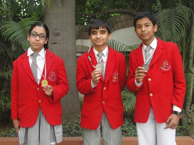 Class VII winners of Olympiad (Ratanlal Nagar)
