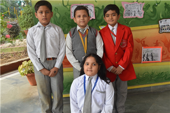 Winners of Olympiad - Sarth Tiwari, Aarush Shukla, Akshat Shukla, Pooja Manwani.  (Ratanlal Nagar)